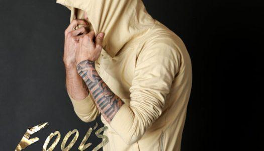 "Aaron Carter Premieres ""Fool's Gold"" Explicit Video"